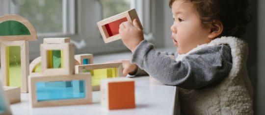 Choisir des jouets écologiques pour son enfant
